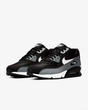 san francisco daa29 9649c Nike Air Max 90 Essential ...