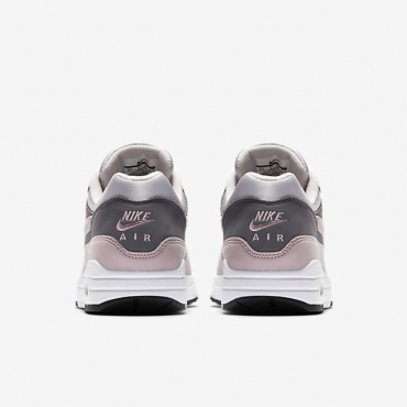 Nike Wmns Air Max 1 Sneakers - SPORT SHOES Lifestyle Shoes ... 50c251aae