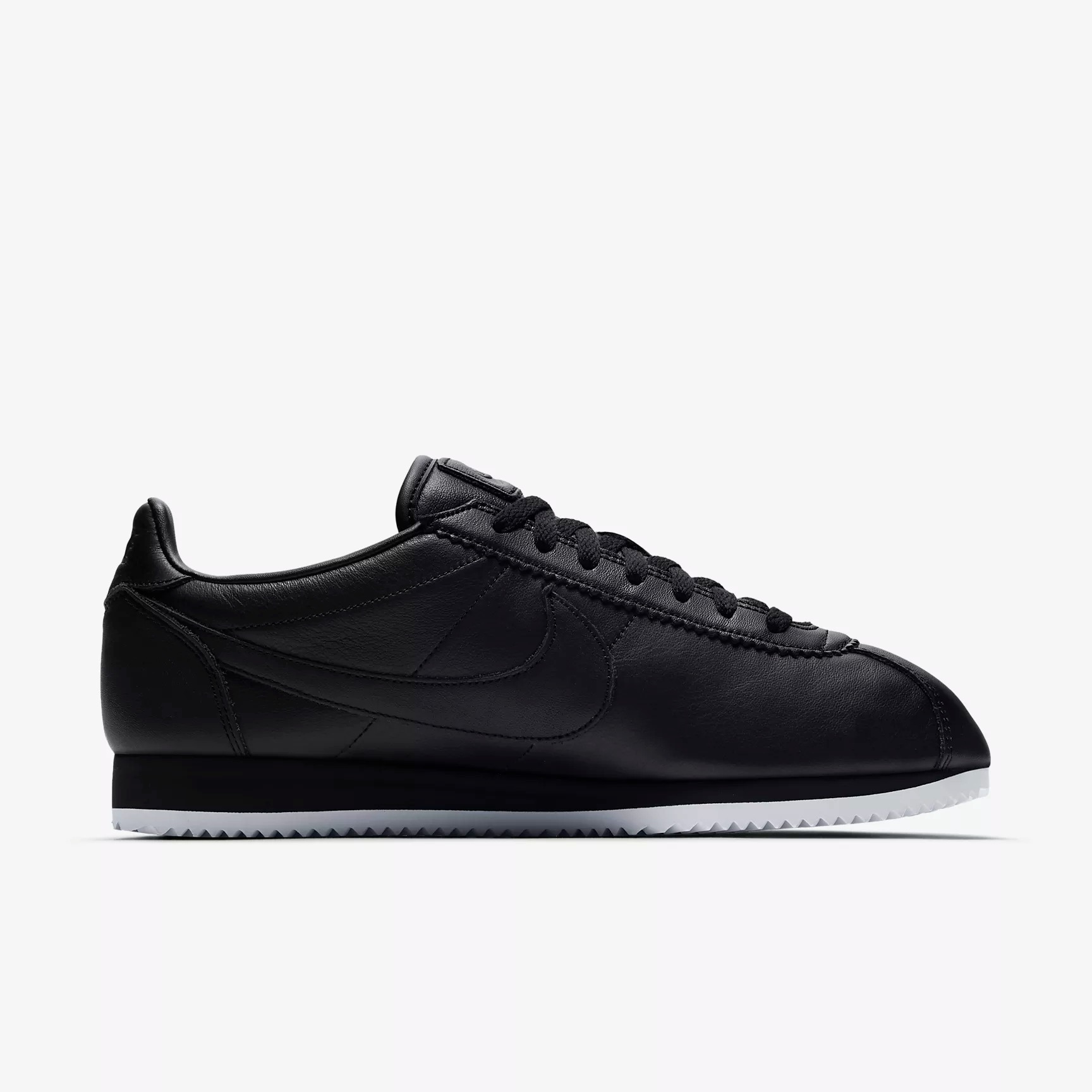 nike classic cortez premium sneakers sport shoes athletic shoes and sneakers. Black Bedroom Furniture Sets. Home Design Ideas