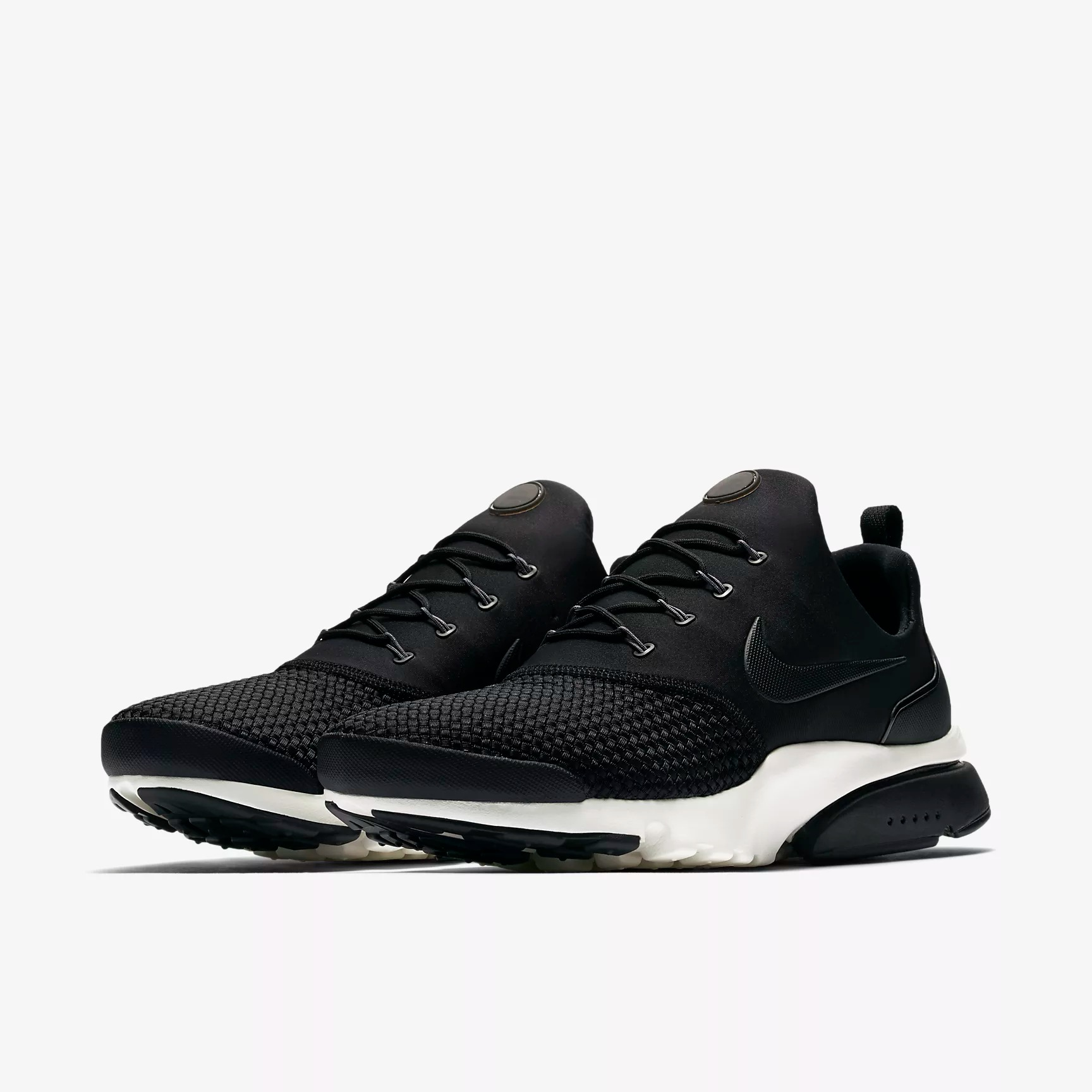 5415adbb95ce Nike Presto Fly SE Sneakers - SPORT SHOES Lifestyle Shoes