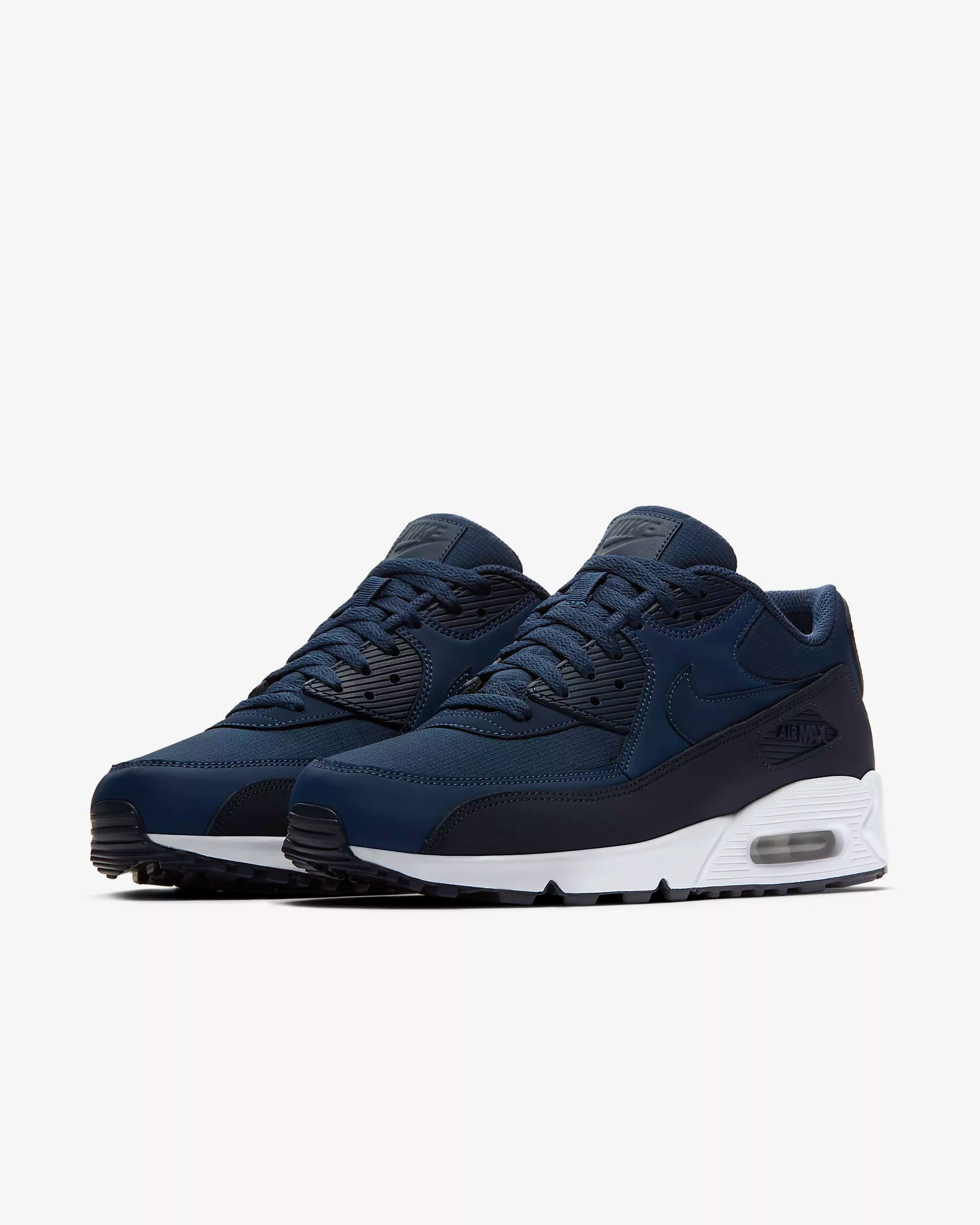 nike air max 90 essential sport shoes athletic shoes and. Black Bedroom Furniture Sets. Home Design Ideas