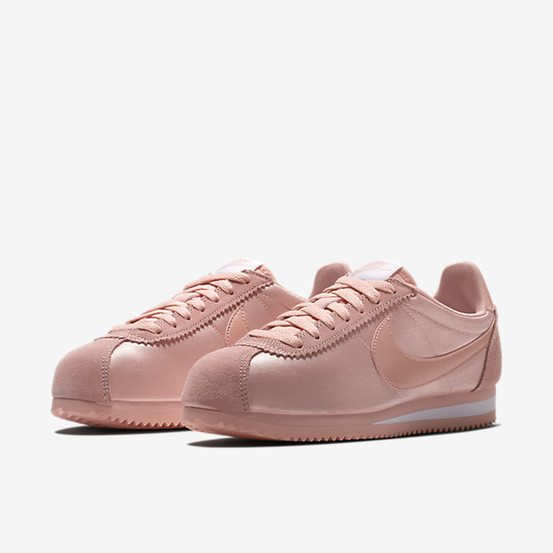 7edf3d4ea6d8 Nike Wmns Classic Cortez Nylon Sneakers - SPORT SHOES Lifestyle Shoes