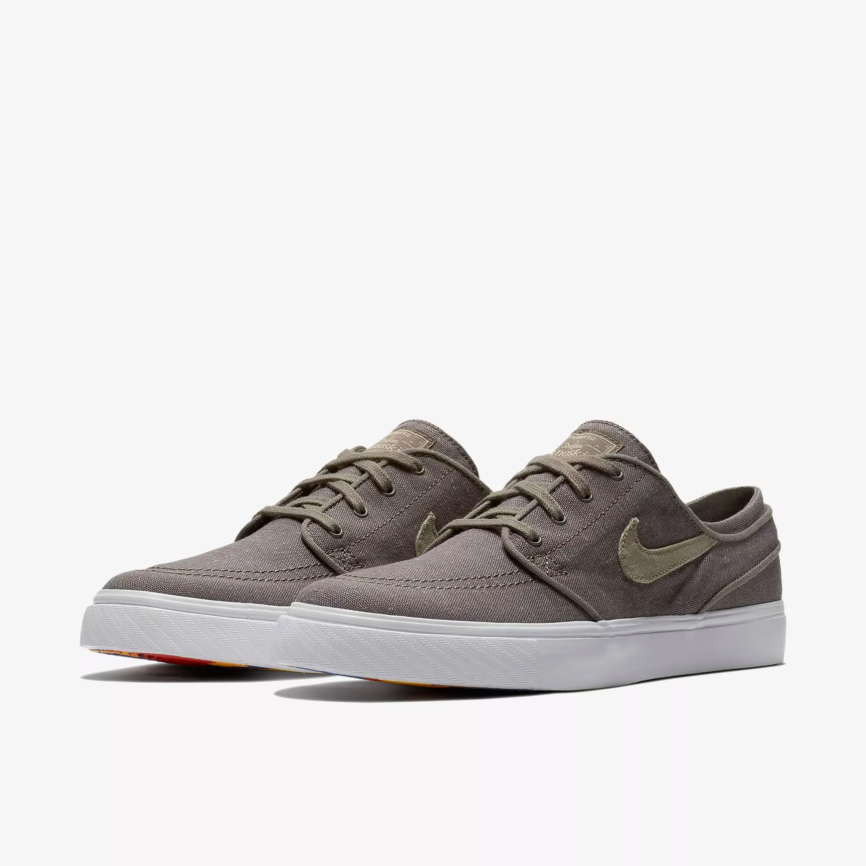 5a6bd6c6697e Nike SB Zoom Stefan Janoski Canvas Deconstructed Sneakers - SPORT SHOES  Lifestyle Shoes