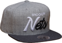 Mitchell & Ness NBA Brooklyn Nets TRI POP SPECIAL SCRIPT Snapback Kepurė