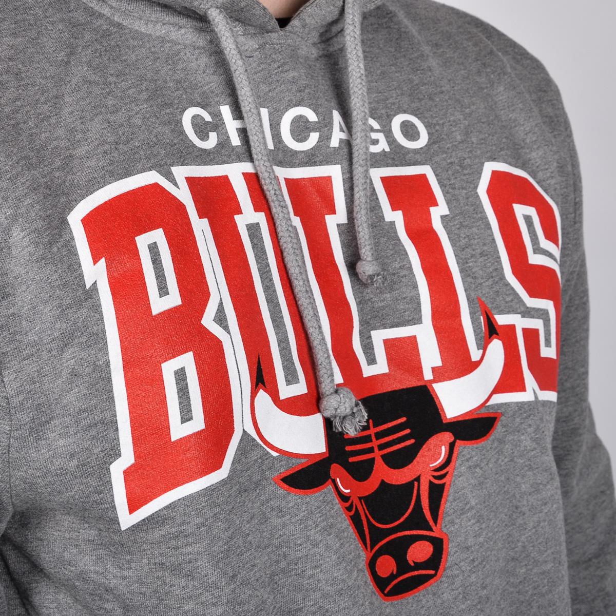 Mitchell   Ness Chicago Bulls Team Arch Hoody - NBA Shop Chicago ... 1696efcb488a