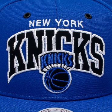 5af72ea8200922 ... coupon code for mitchell ness nba new york knicks black and white arch  snapback 4a740 d26ce