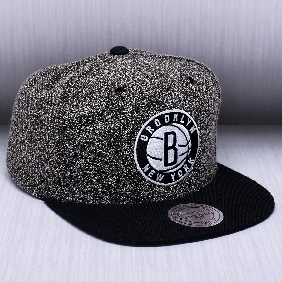 854a31fb96d Mitchell   Ness NBA Brooklyn Nets Static 2 Tone Snapback Cap - NBA Shop Brooklyn  Nets Merchandise - Superfanas.lt