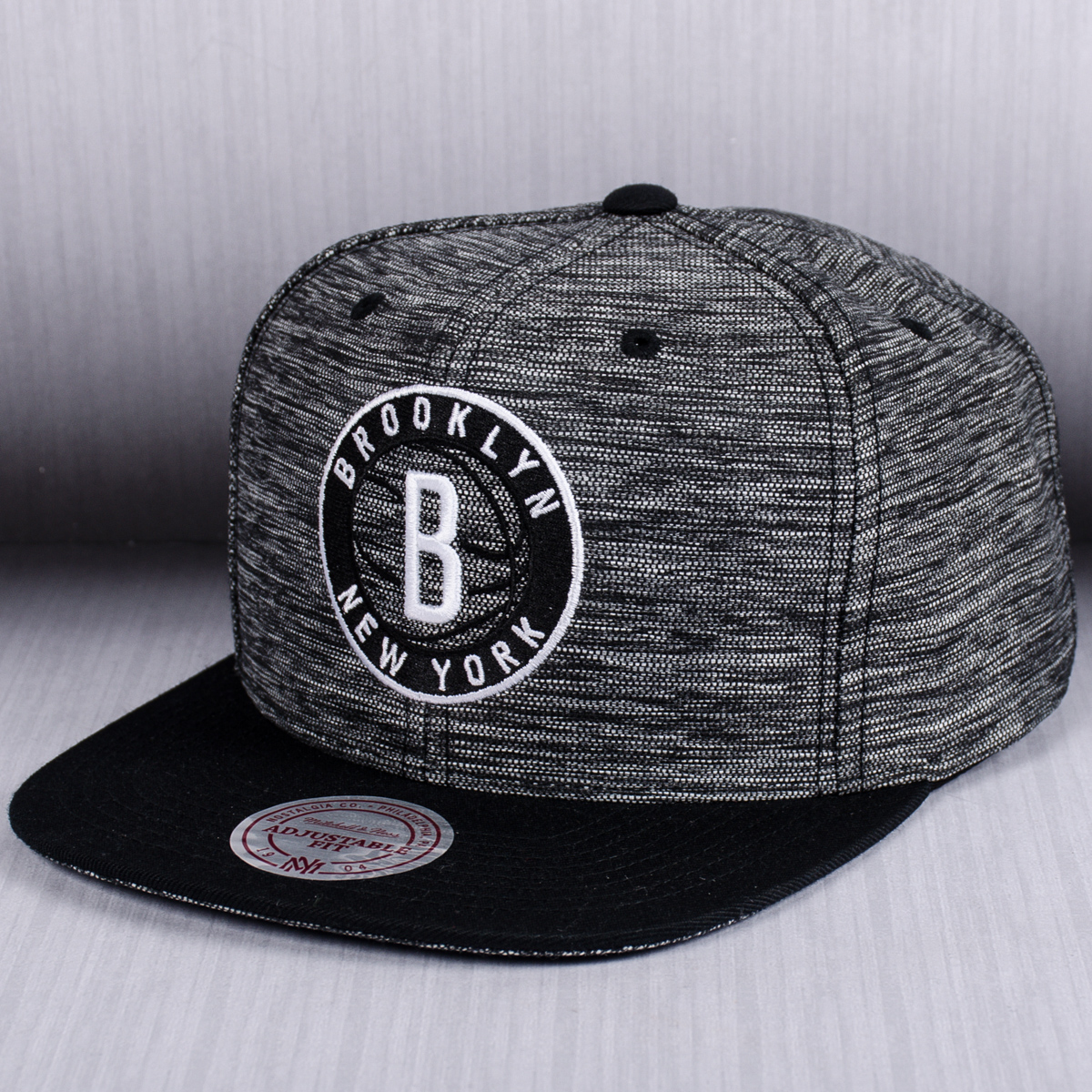 1729ccffaf1688 Mitchell & Ness NBA Brooklyn Nets Prime Knit Snapback Cap - NBA Shop ...