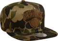 Mitchell & Ness NBA New York Knicks Lux Camo Strapback Kepurė