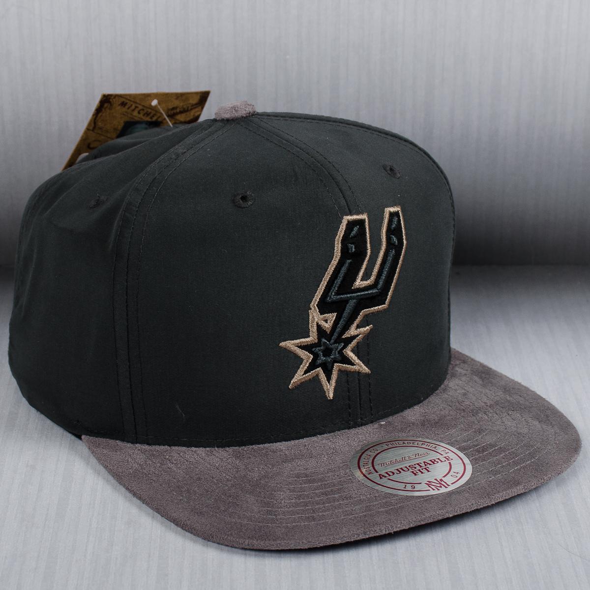 40f42ee7 Mitchell & Ness NBA San Antonio Spurs Buttery Snapback Cap - NBA ...
