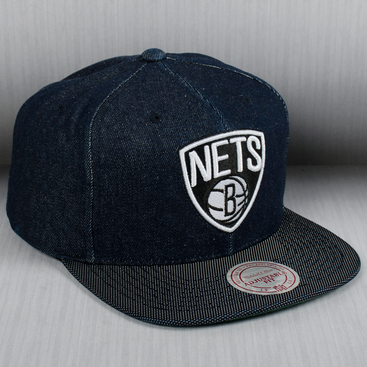 sports shoes 8b09d 8f21c Mitchell   Ness NBA Brooklyn Nets Raw Denim Snapback Cap - NBA Shop  Brooklyn Nets Merchandise - Superfanas.lt