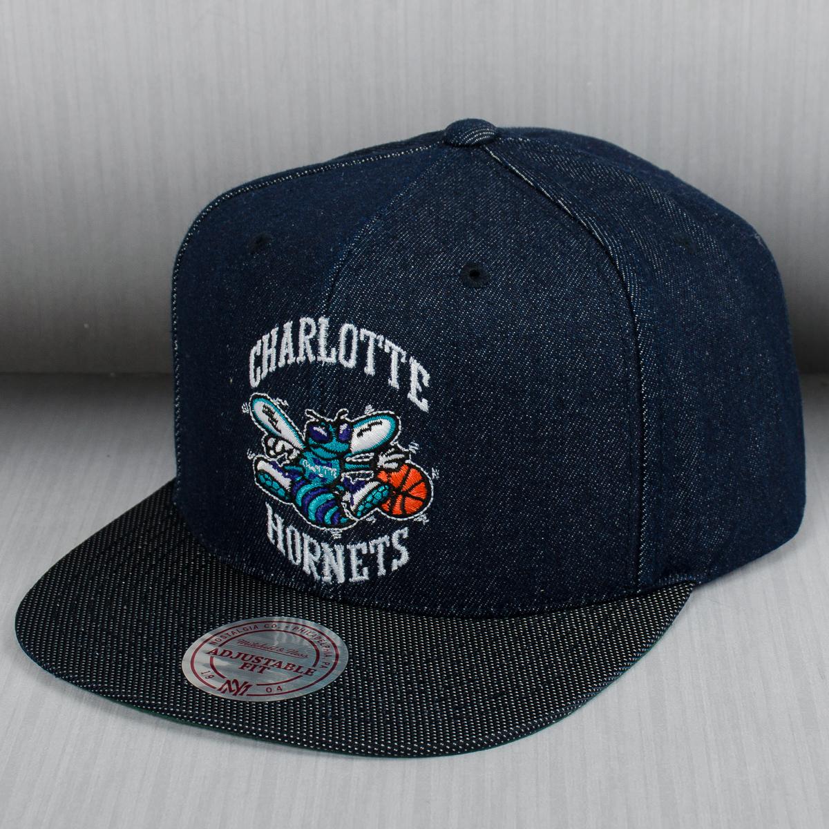 sale retailer 98b0a 53f84 Mitchell   Ness NBA Charlotte Hornets Raw Denim Snapback Cap