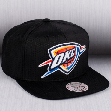 detailed pictures 662b1 19db4 Mitchell   Ness NBA Oklahoma City Thunder Black Ripstop Honeycomb Snapback  ...