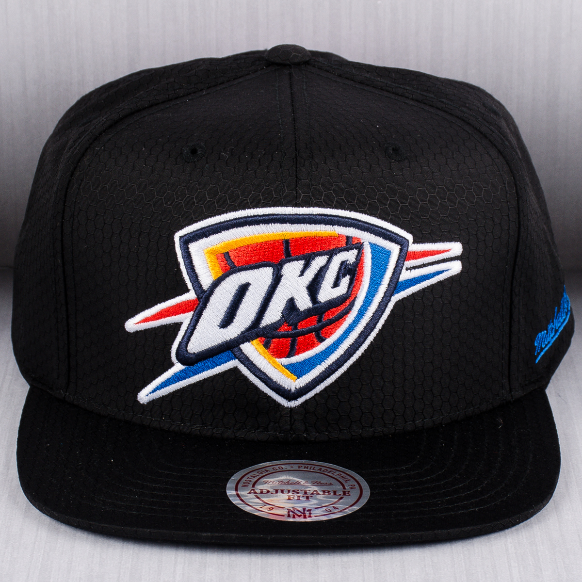 size 40 da995 935ae ... spain mitchell ness nba oklahoma city thunder black ripstop honeycomb  snapback cap af68e 06a15