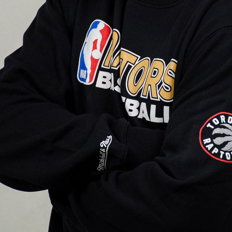 6ce1043f83eb Mitchell   Ness NBA Toronto Raptors Team Issue Crewneck Sweatshirt ...