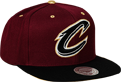 Mitchell & Ness NBA Cleveland Cavaliers Gold Tip Snapback kepurė