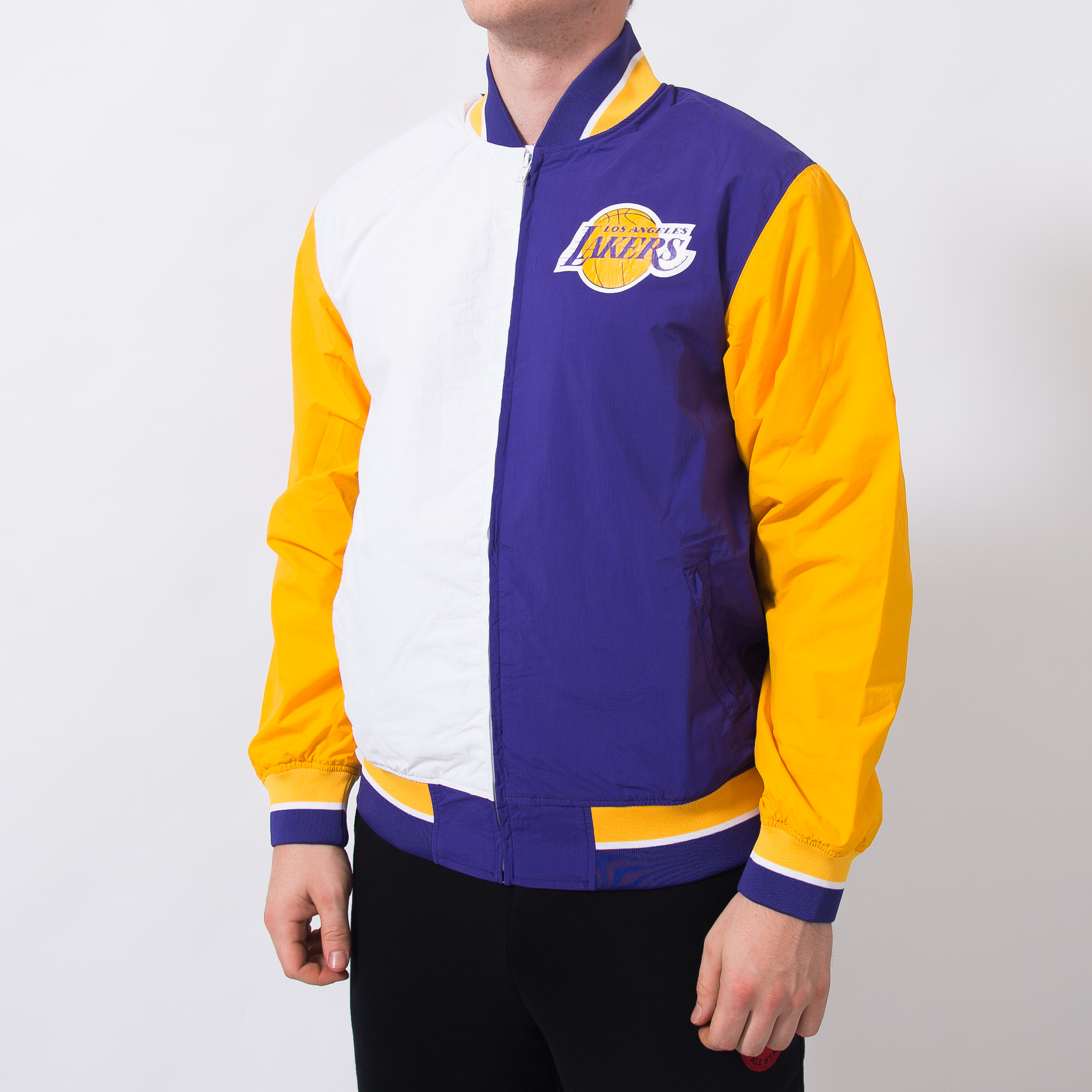 wholesale dealer e95f1 755d6 Mitchell   Ness NBA Los Angeles Lakers Team History Warm Up Jacket 2.0 - NBA  Shop Los Angeles Lakers Merchandise - Superfanas.lt