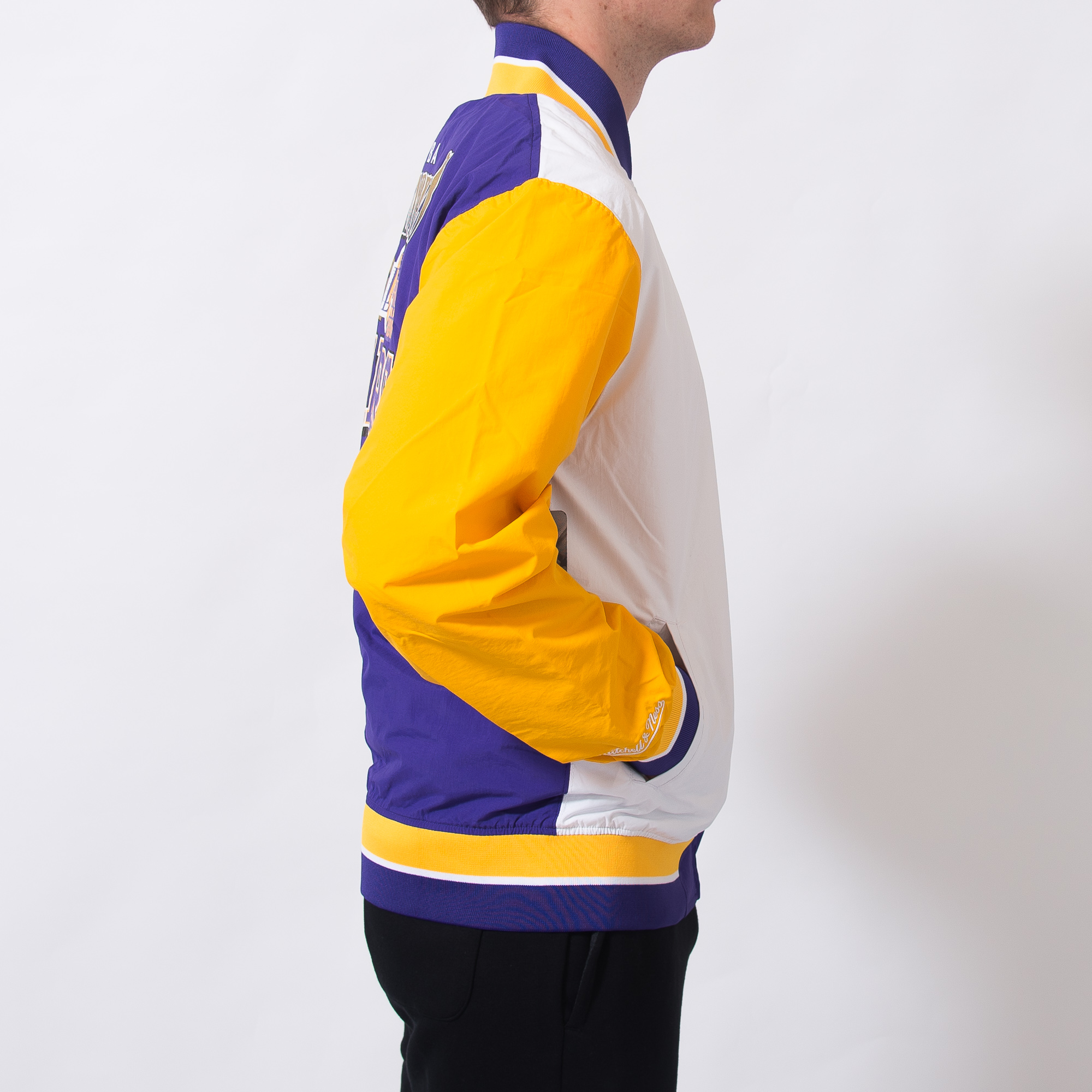 37ace1fb668 Mitchell & Ness NBA Los Angeles Lakers Team History Warm Up Jacket 2.0