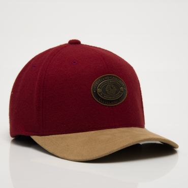 Mitchell & Ness HWC Cleveland Cavaliers Molton Oval 110 Snapback Cap