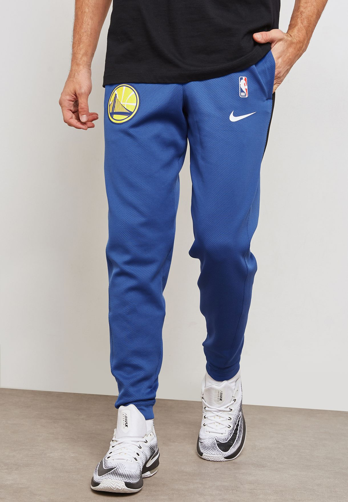ab32f37f2 Nike NBA Golden State Warriors Therma Flex Showtime Pants - NBA Shop Golden  State Warriors Merchandise - Superfanas.lt