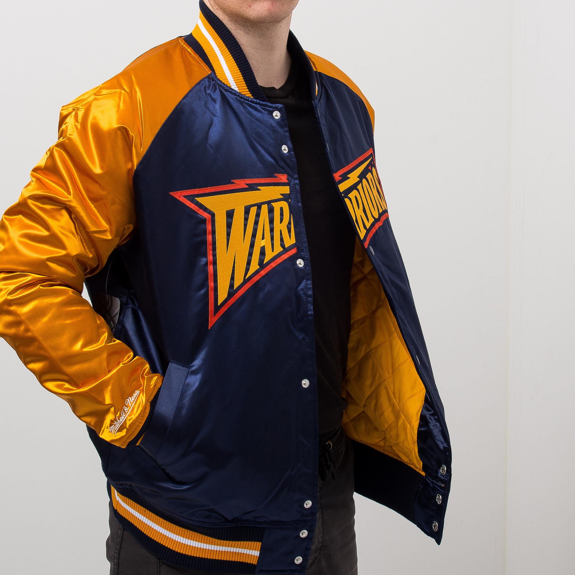 5c71e8cd7 Fan Shop New Era Golden State Warriors Tip Off Satin NBA Jacke Blau