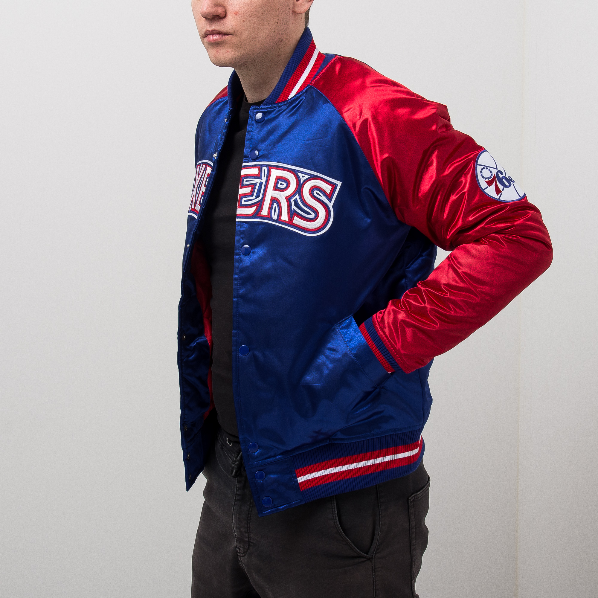 fabe553ec5b Mitchell & Ness NBA Philadelphia 76ers Tough Season Satin Jacket - NBA Shop  Philadelphia 76ers Merchandise - Superfanas.lt