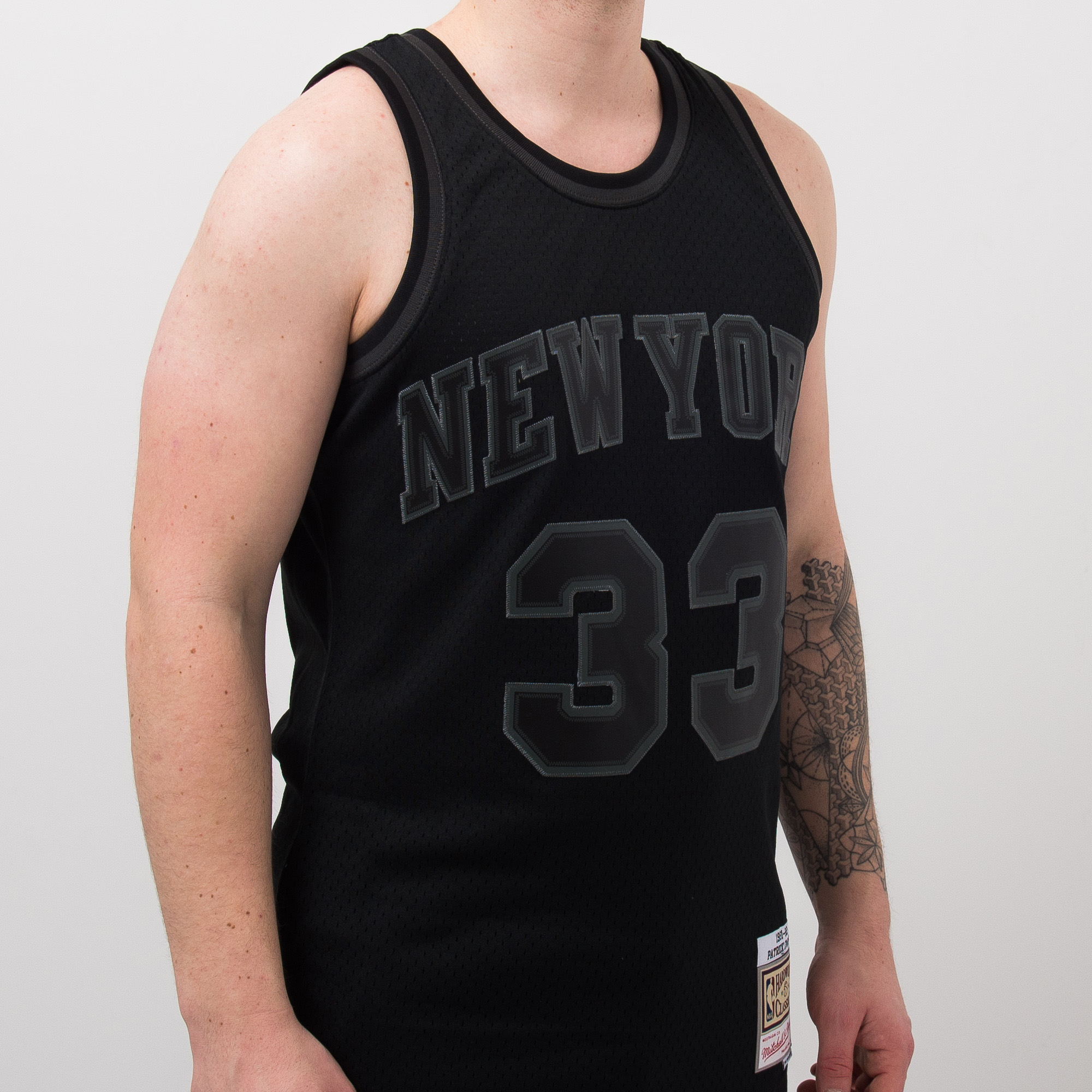 online retailer d387c 5e44e Mitchell & Ness NBA New York Knicks Patrick Ewing 33 ...