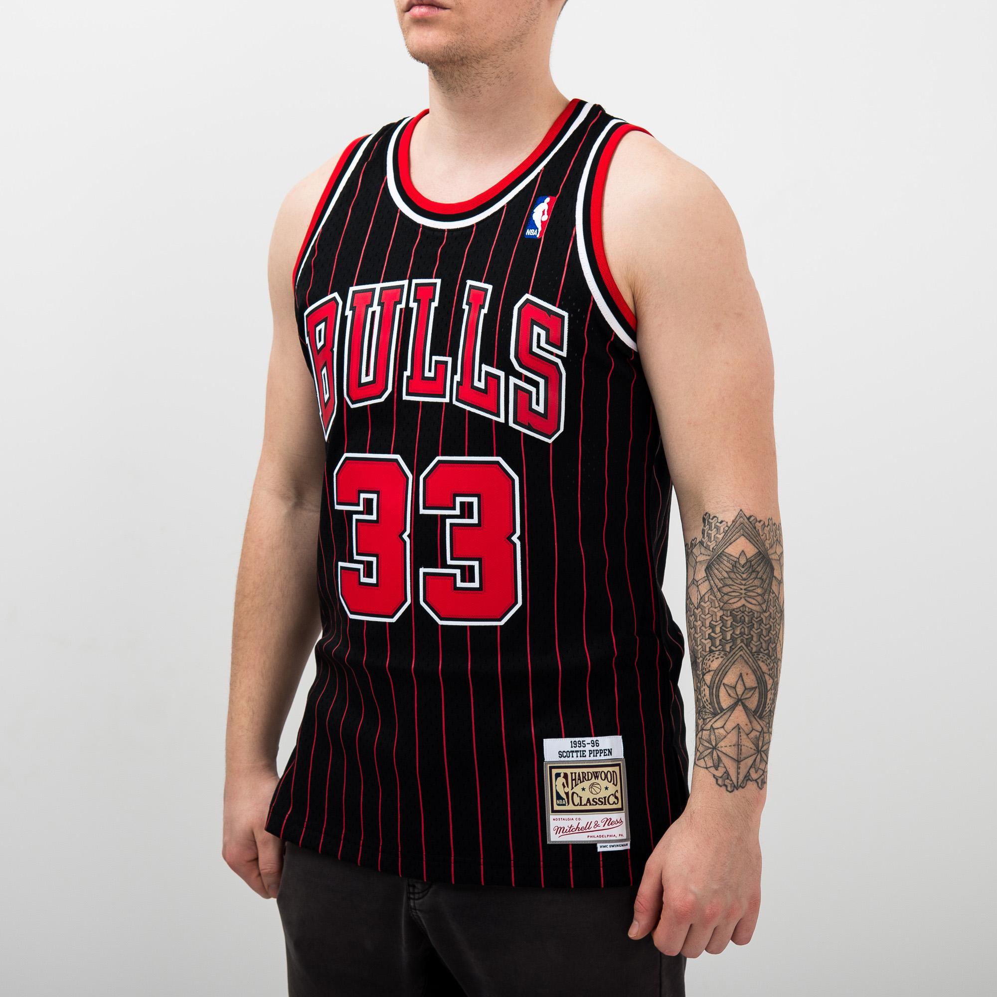 pretty nice 1fffd 66a3b Mitchell & Ness NBA Chicago Bulls Scottie Pippen 1995-96 ...