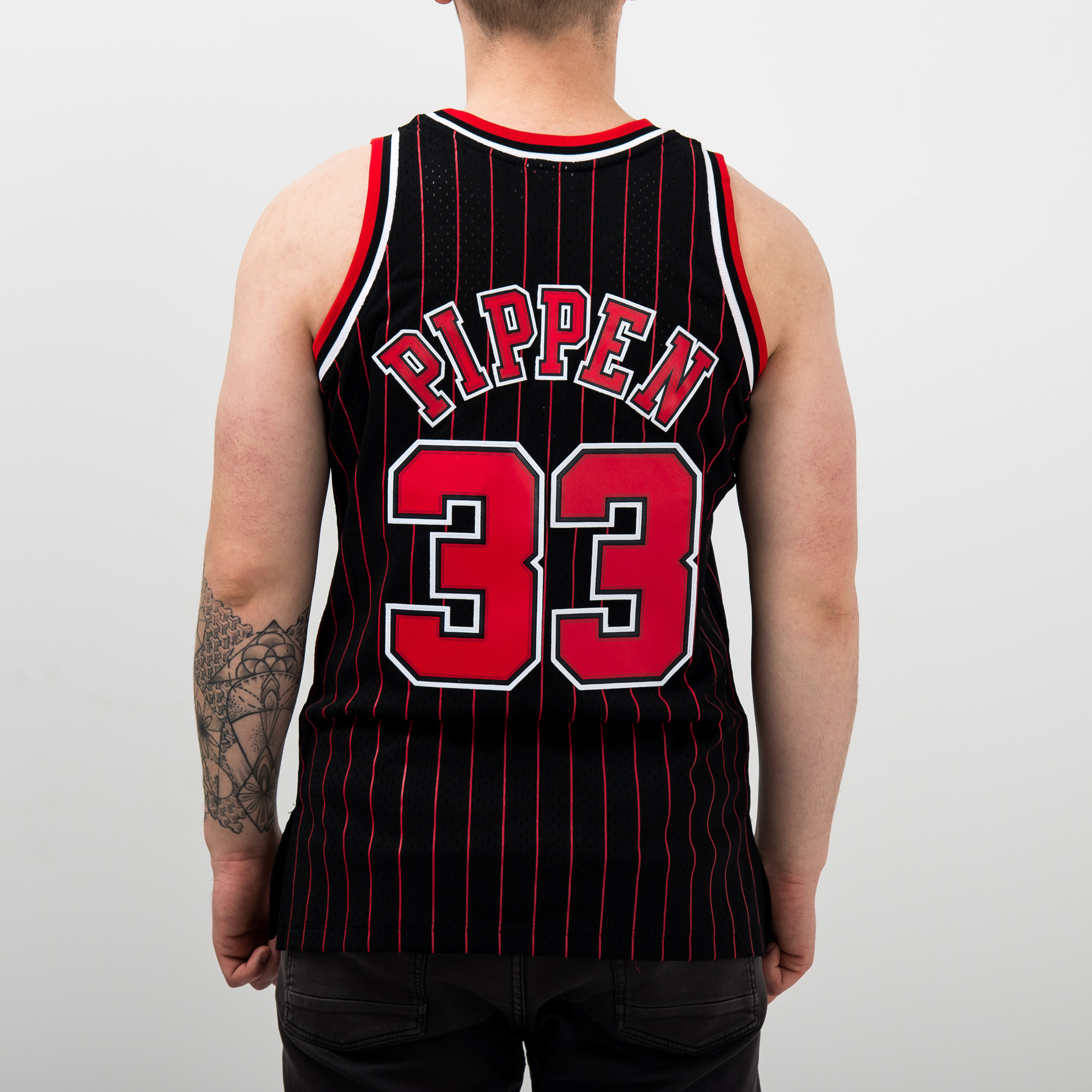 sports shoes 6af39 14300 Mitchell   Ness NBA Chicago Bulls Scottie Pippen 1995-96 Alternate Swingman  Jersey