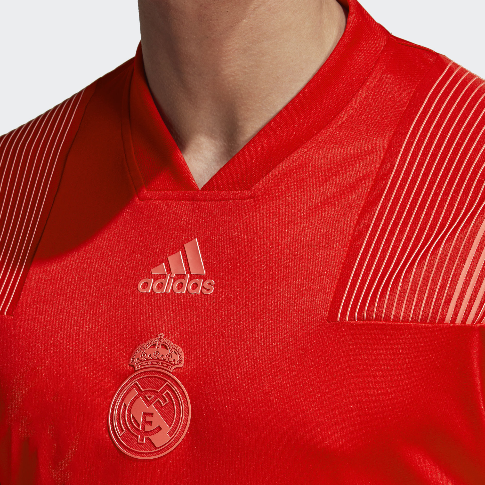 quality design e6881 55bed adidas Real Madrid Icon Tee - Soccer Shop Real Madrid ...