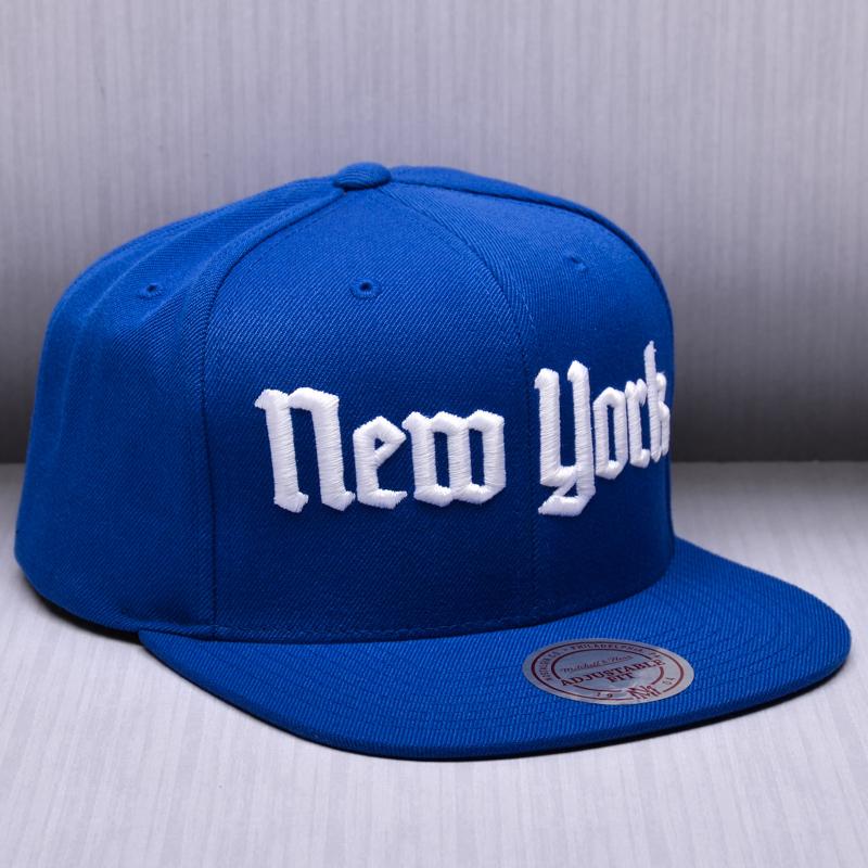 53c2acf188b88 Mitchell   Ness NHL New York Rangers Gotham City Snapback Cap - MLB NFL NHL  SHOP NHL - Superfanas.lt