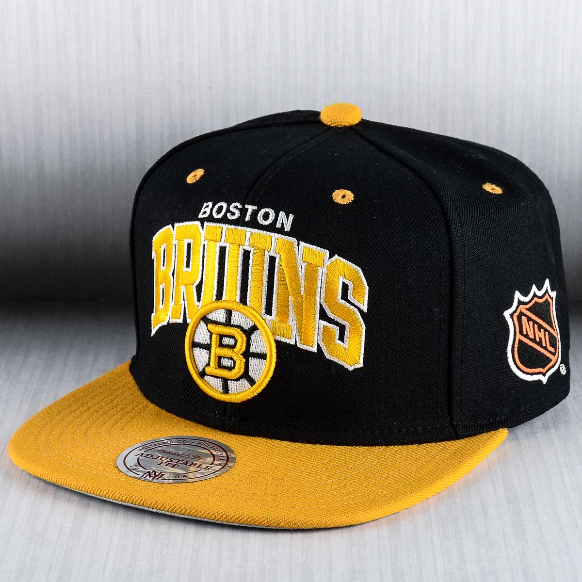 5f074f0a78c Mitchell   Ness NHL Boston Bruins Team Arch Snapback Cap - MLB NFL ...