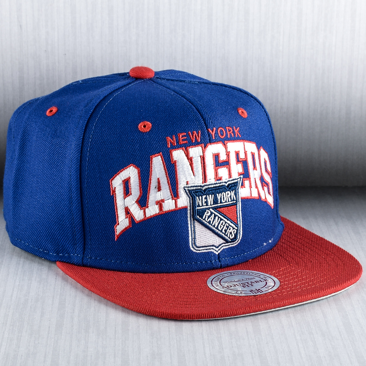 designer fashion 013e8 000ce Mitchell & Ness NHL New York Rangers Team Arch Snapback Cap ...