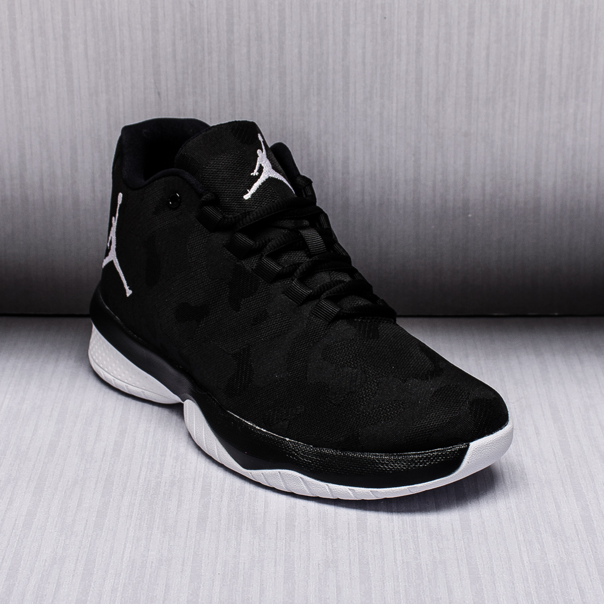 30d3cf647ed98 mens air jordan b.fly basketball shoes