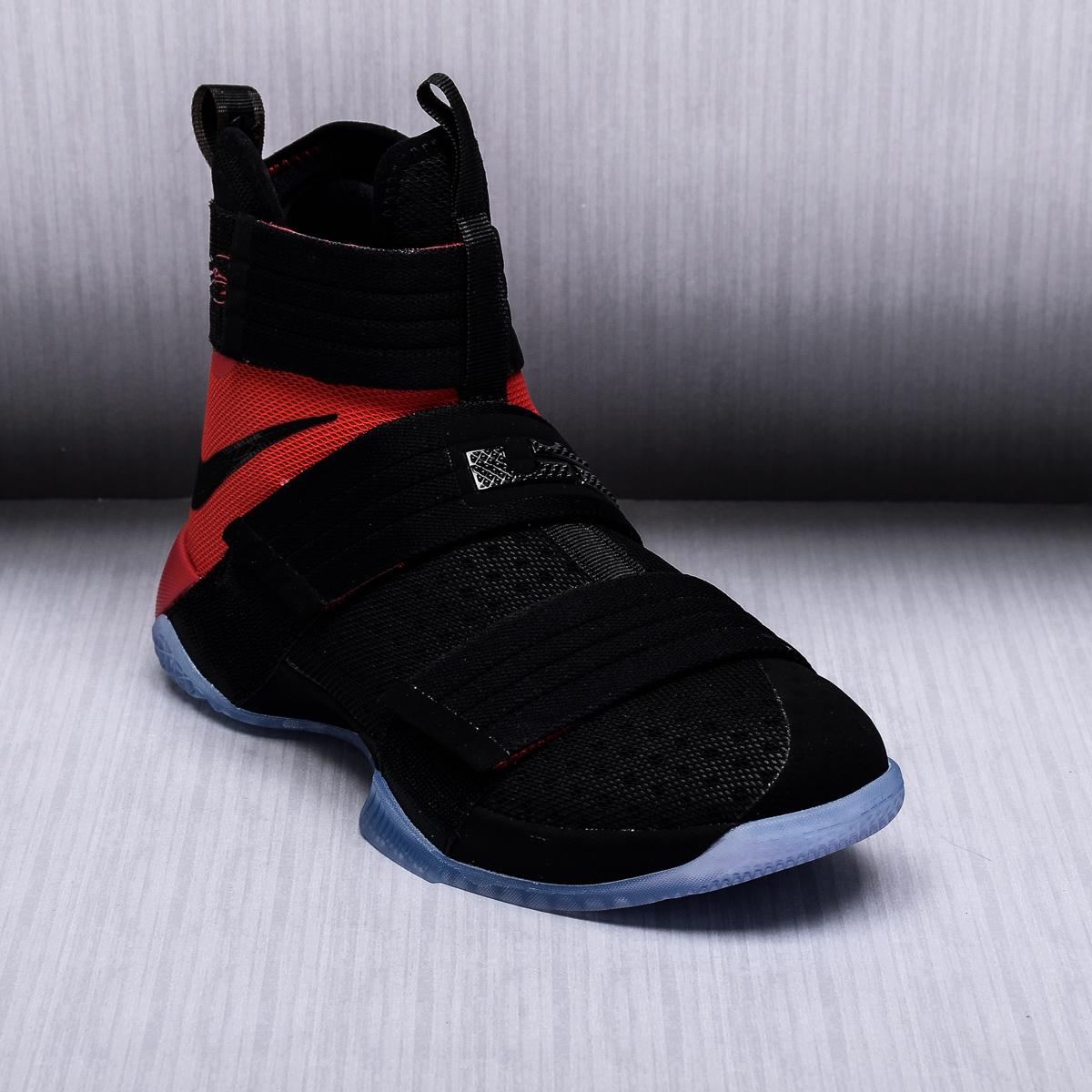 Lebron 10 basketball shoes