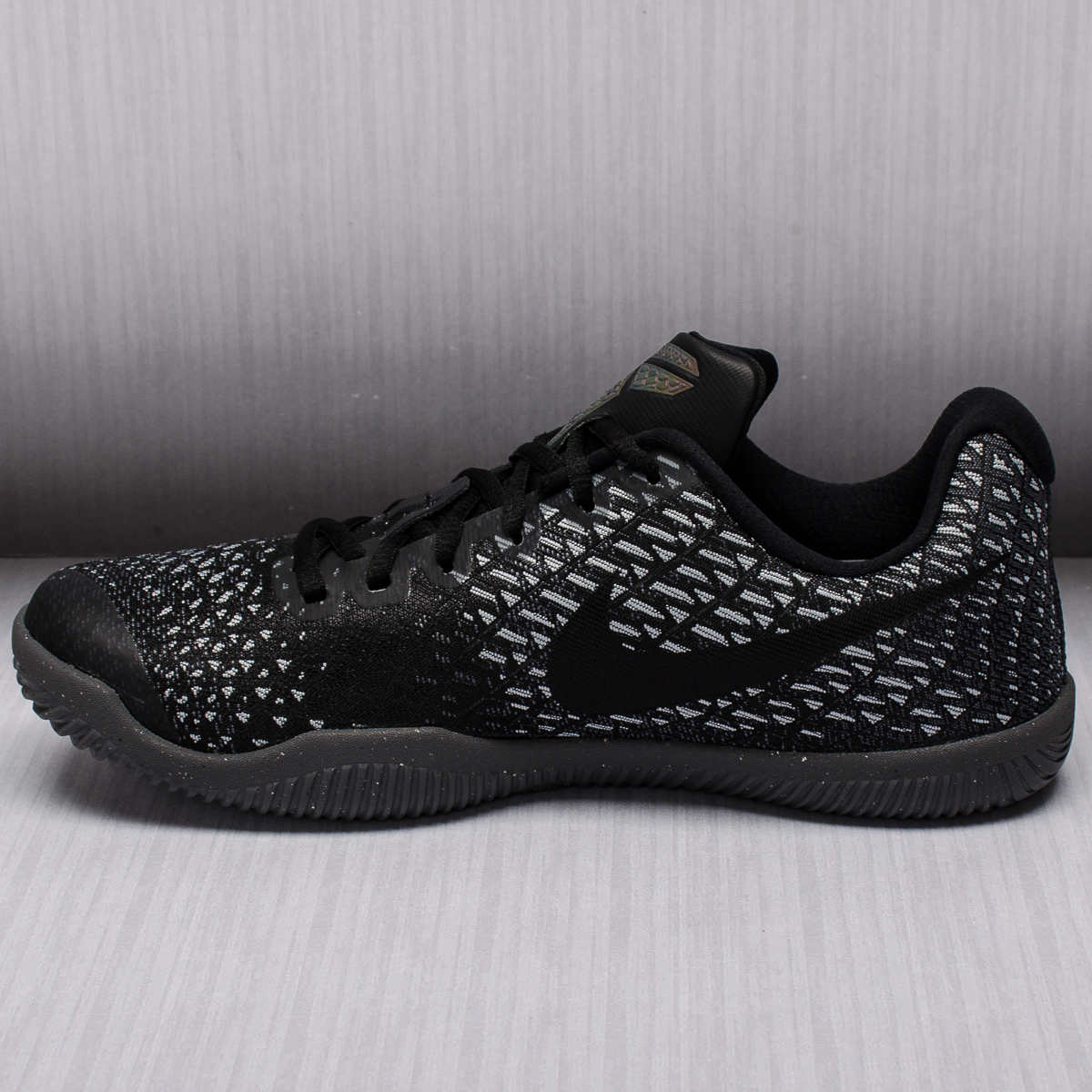 Nike Men S Mamba Instinct Basketball Shoes Release Date