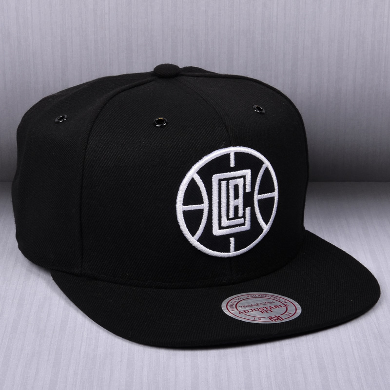 008bf097785 Mitchell   Ness NBA Los Angeles Clippers Black White Snapback Cap - NBA  Shop Los Angeles Clippers Merchandise - Superfanas.lt