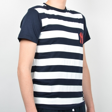 Majestic MLB New York Yankees Unspar Stripe Pocket Tee
